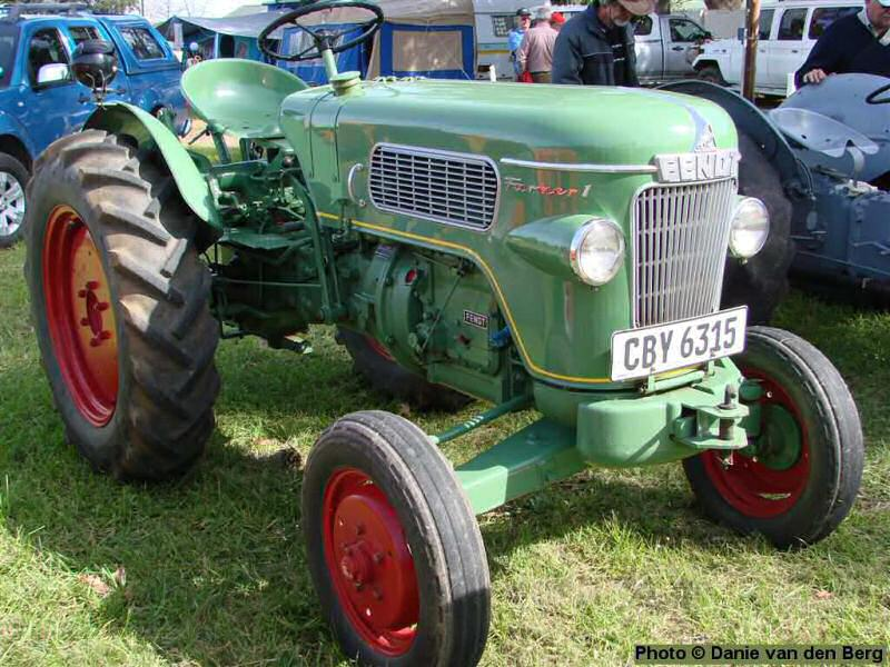 vintage ford tractor with Tractors 2 on 7914 in addition Watch further Cooking Up A Storm together with Ford Versatile Tractor 9280 9480 9680 9880 Brochure 11094 P as well County 1004 Super Six.