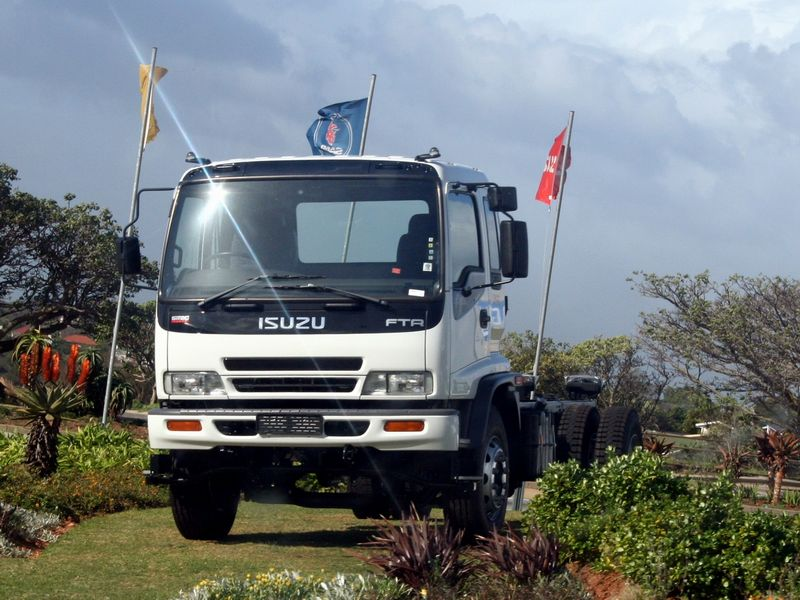 Isuzu Truck Photos